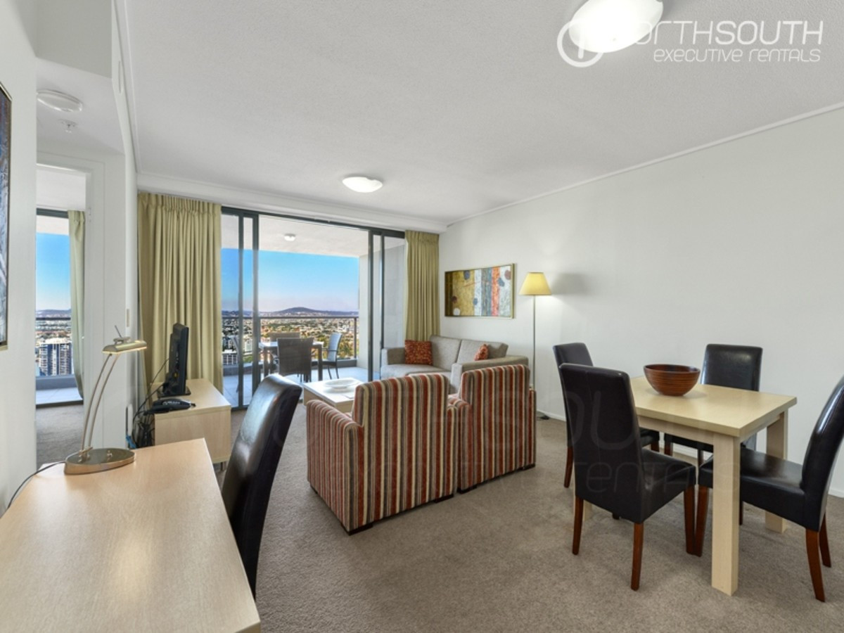 The Best of City Living in Aurora Tower (Unfurnished)