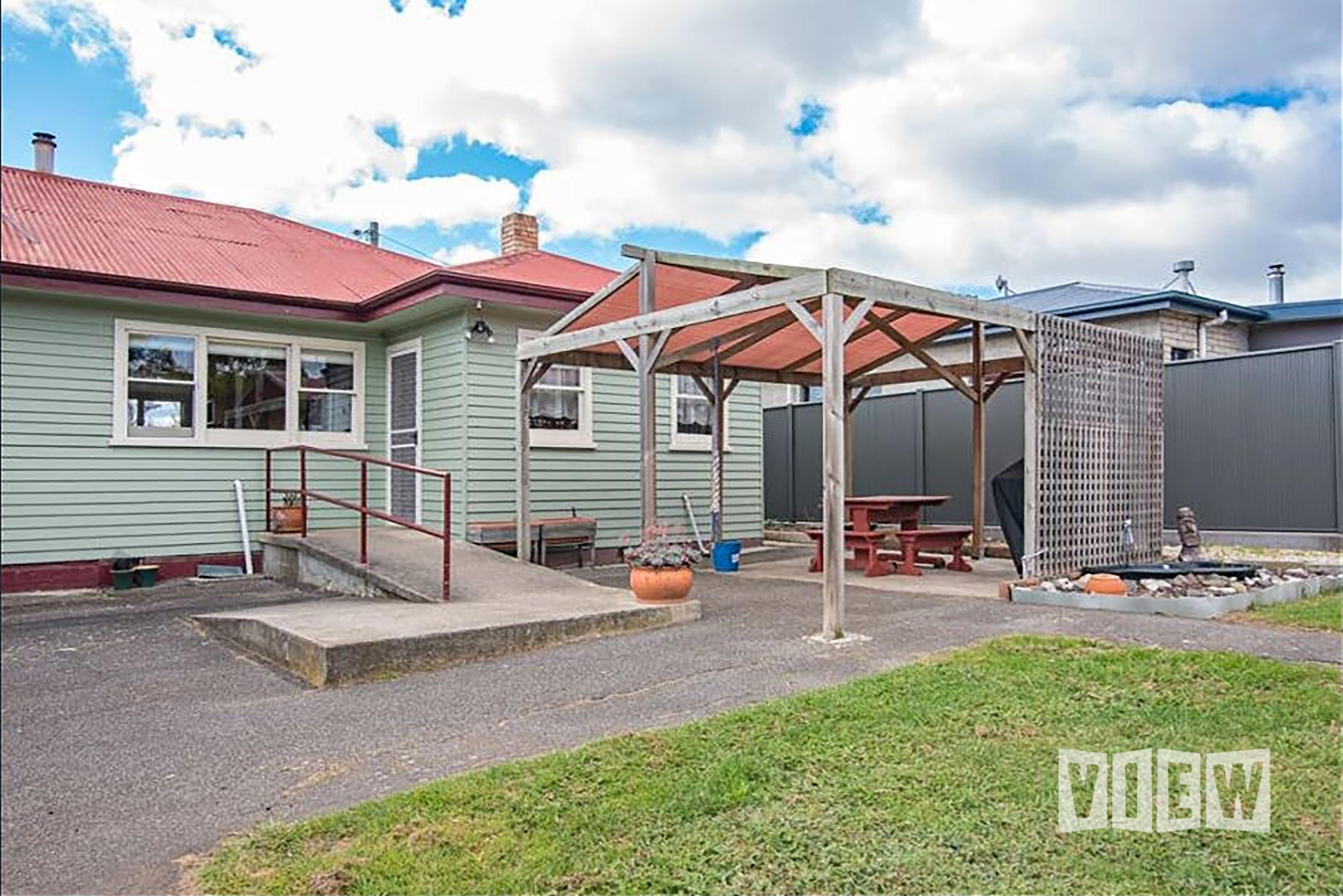 property image 2328451