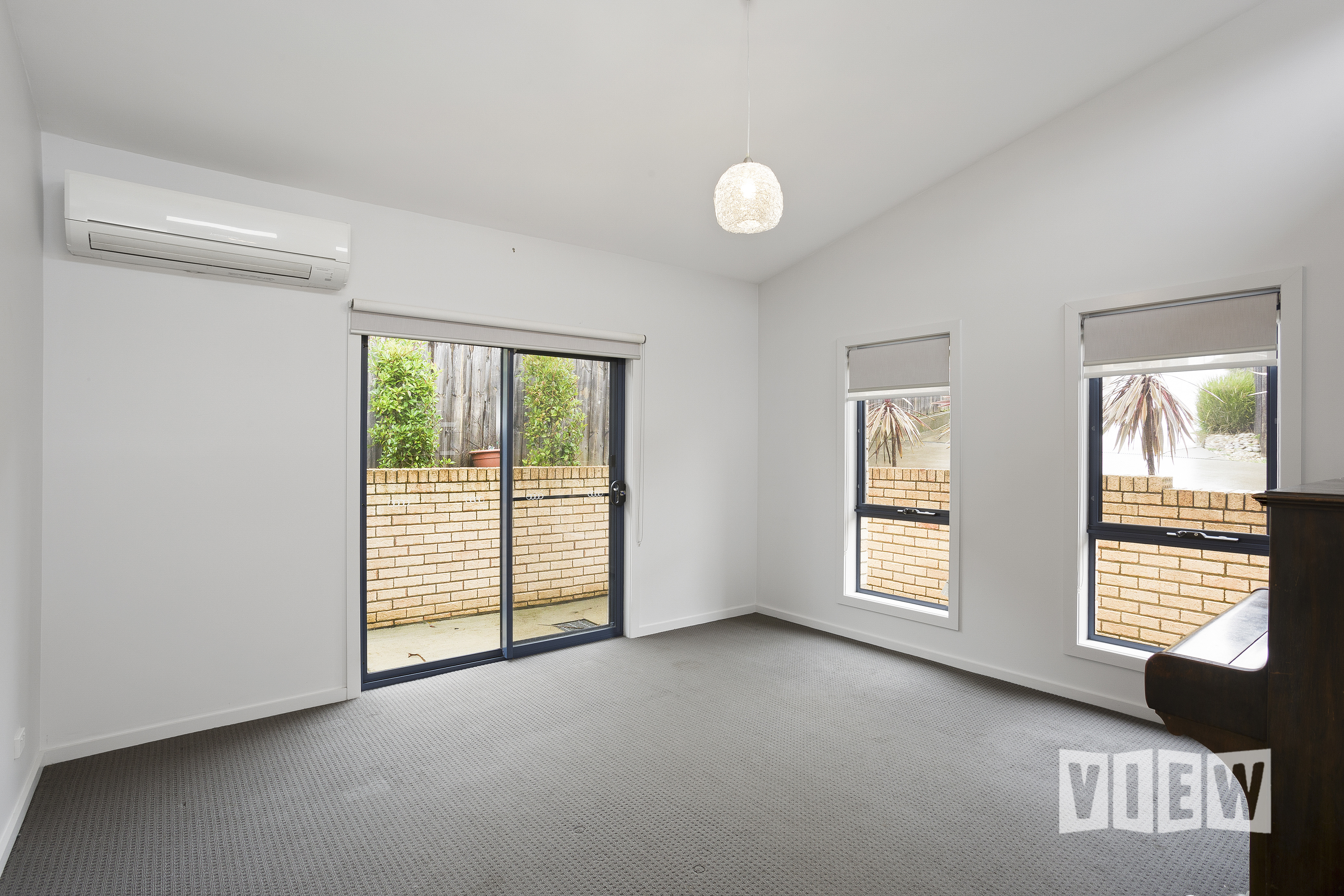 property image 2337501