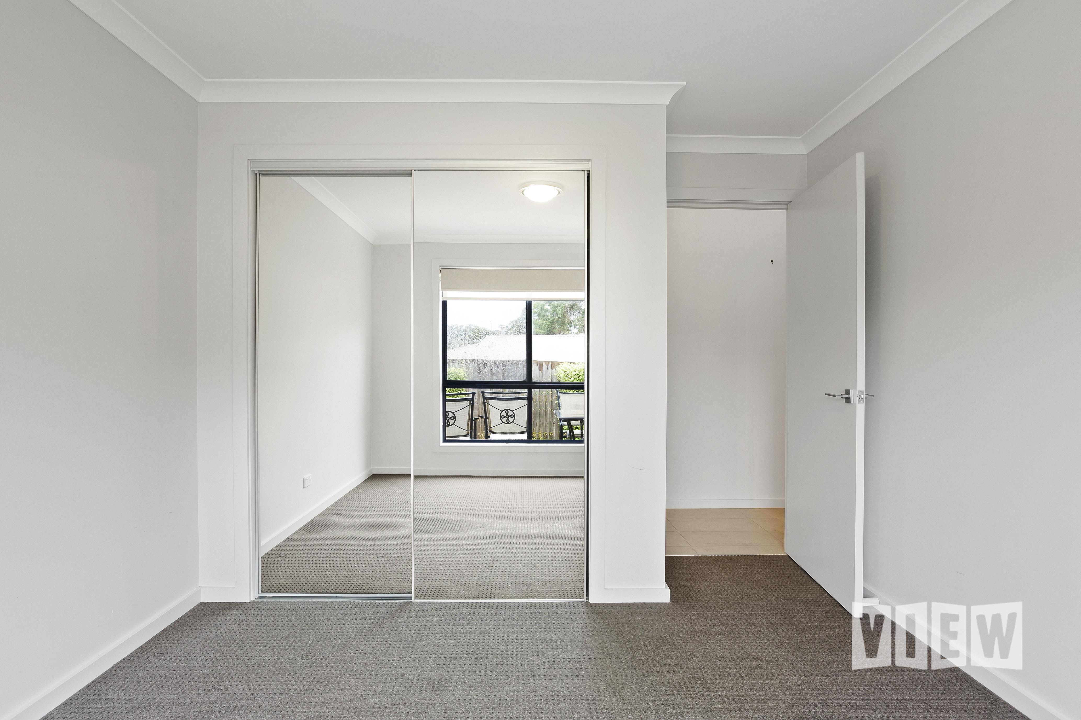 property image 2337504
