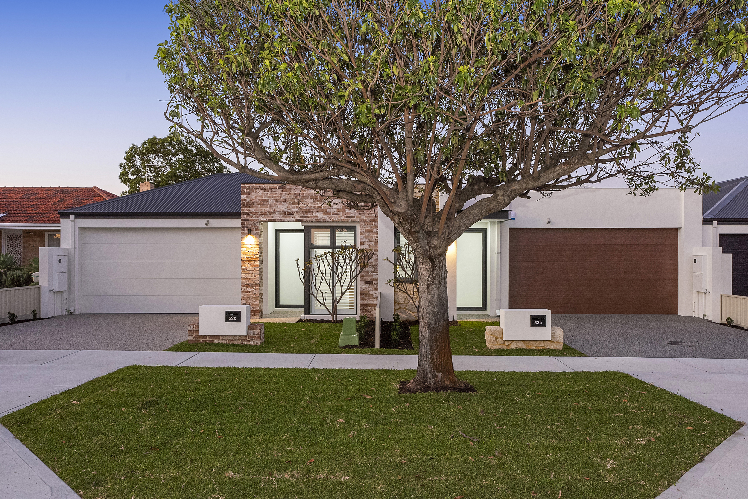 STAMP OF QUALITY, LUXURY AND DESIGN, INGLEWOOD BORDER LOCATION!!!