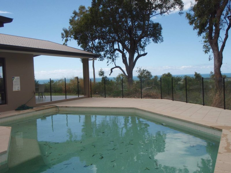 Ocean & mountain view 4 bedroom house with swimming pool.