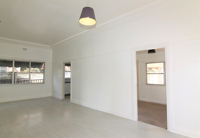 Tidy 2-3 bedroom home with low maintenance yard