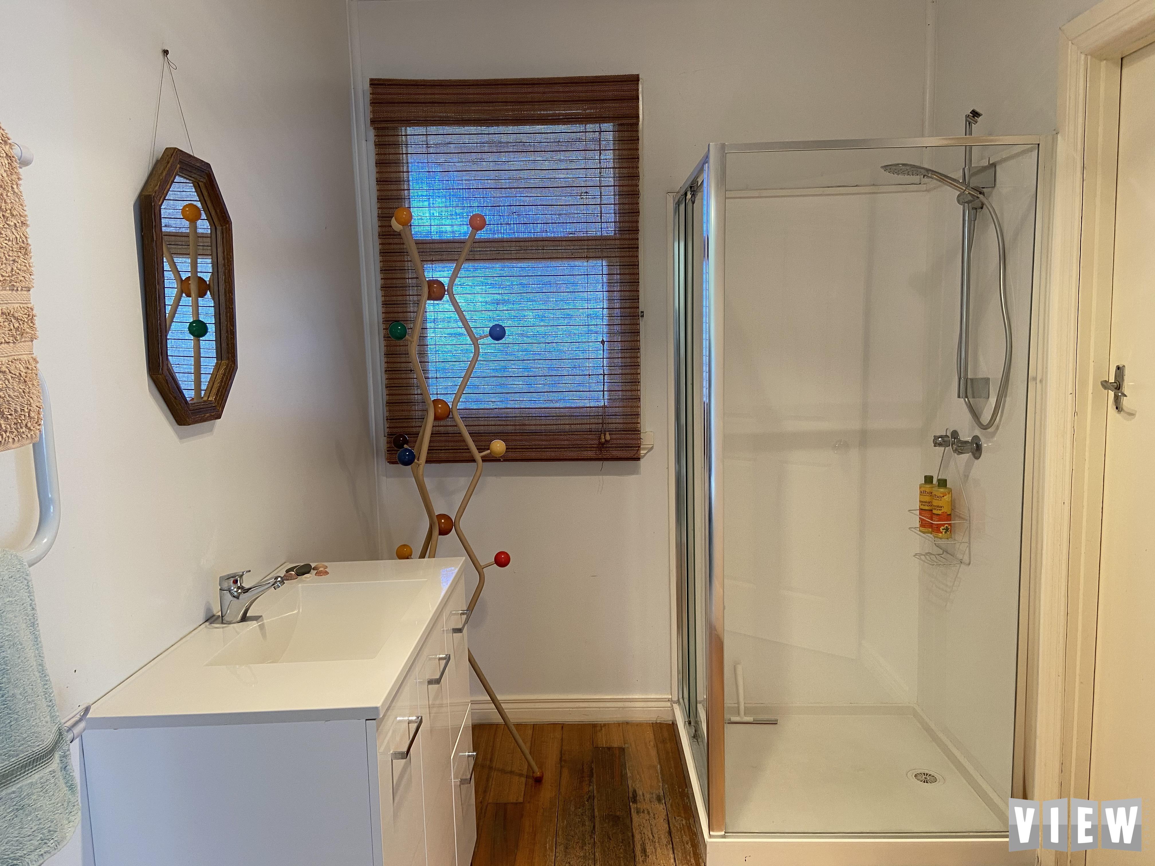 property image 2382243