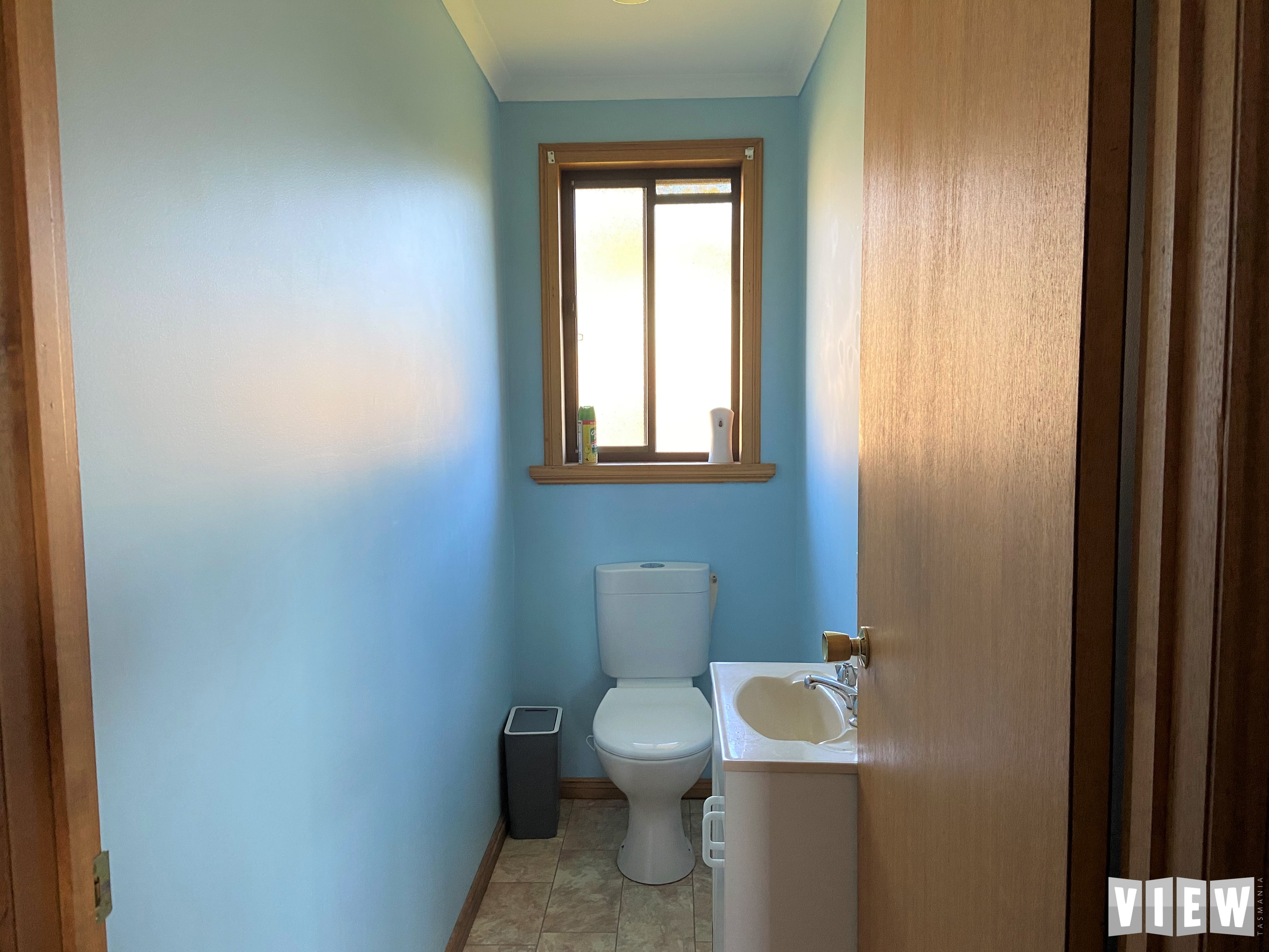 property image 2390288
