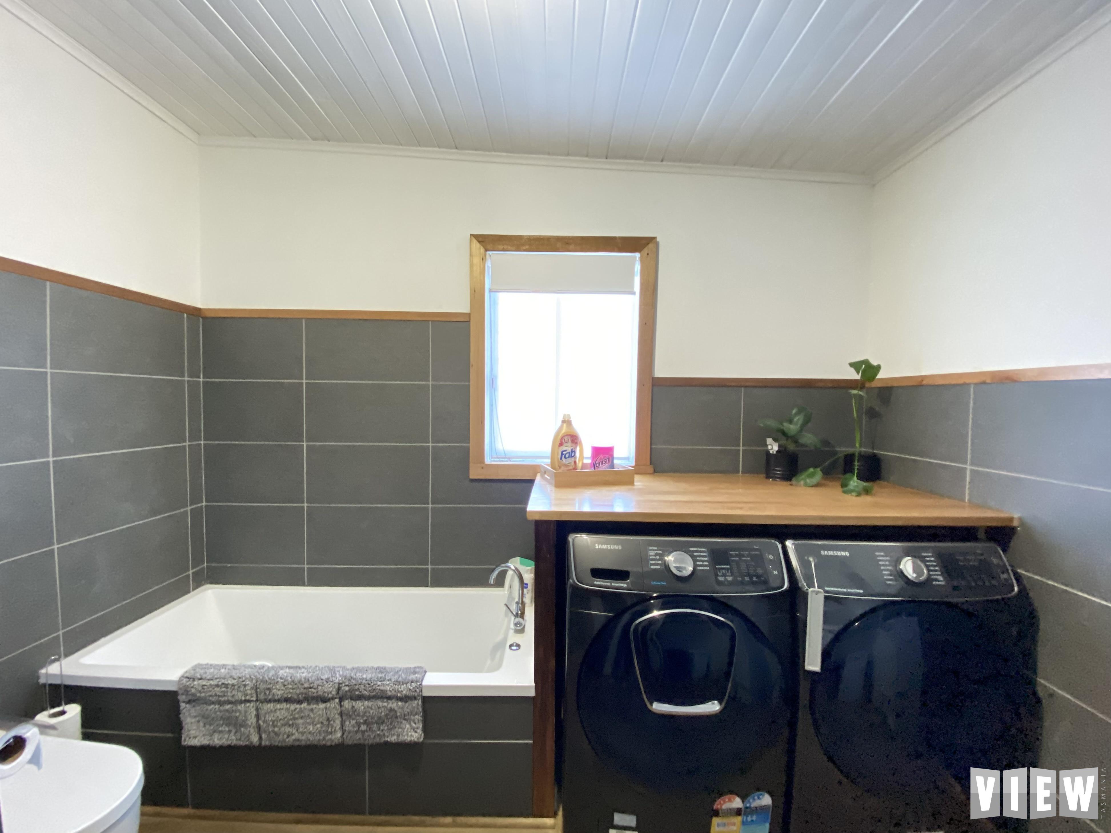 property image 2426683