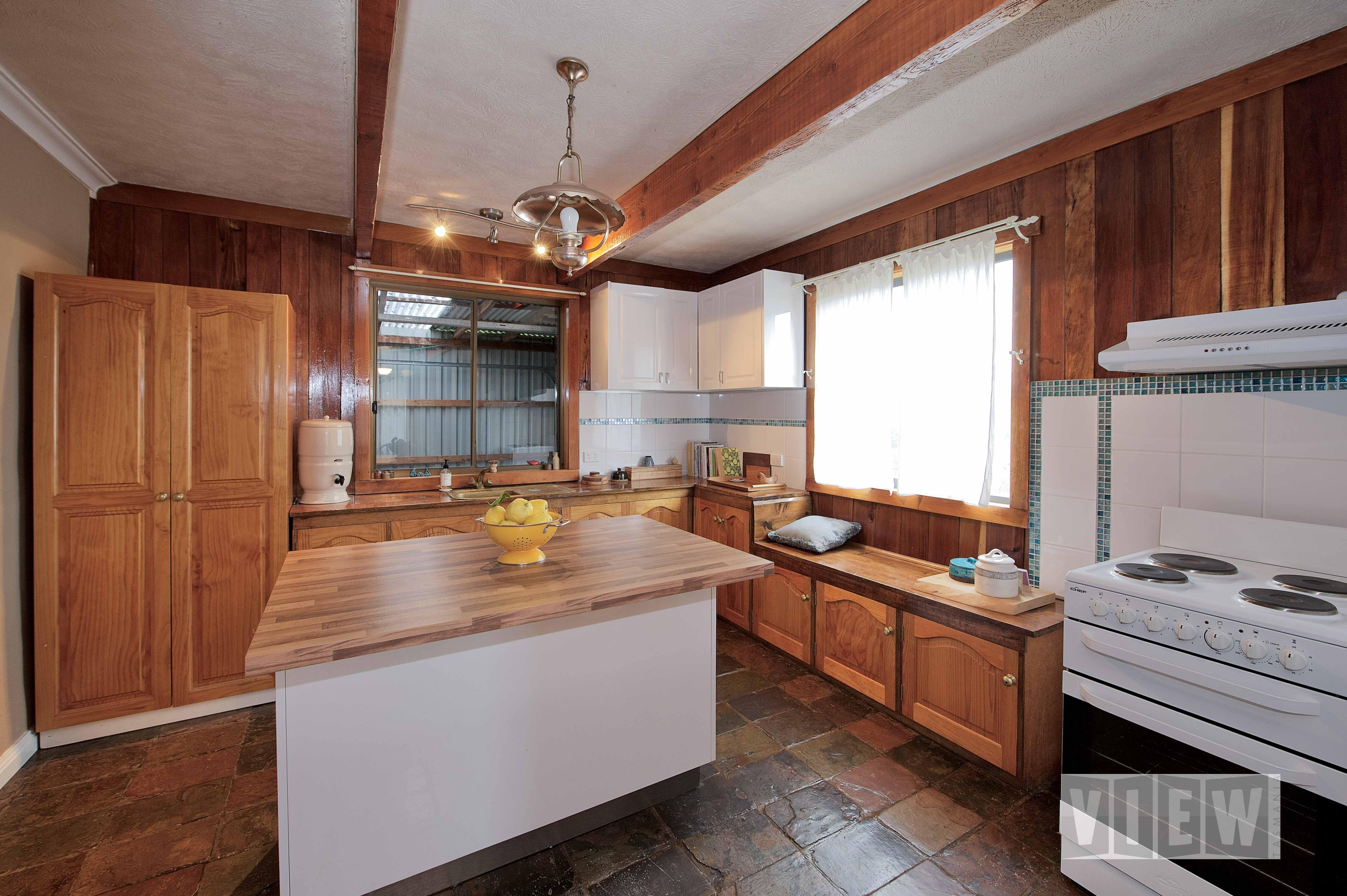 property image 2443650