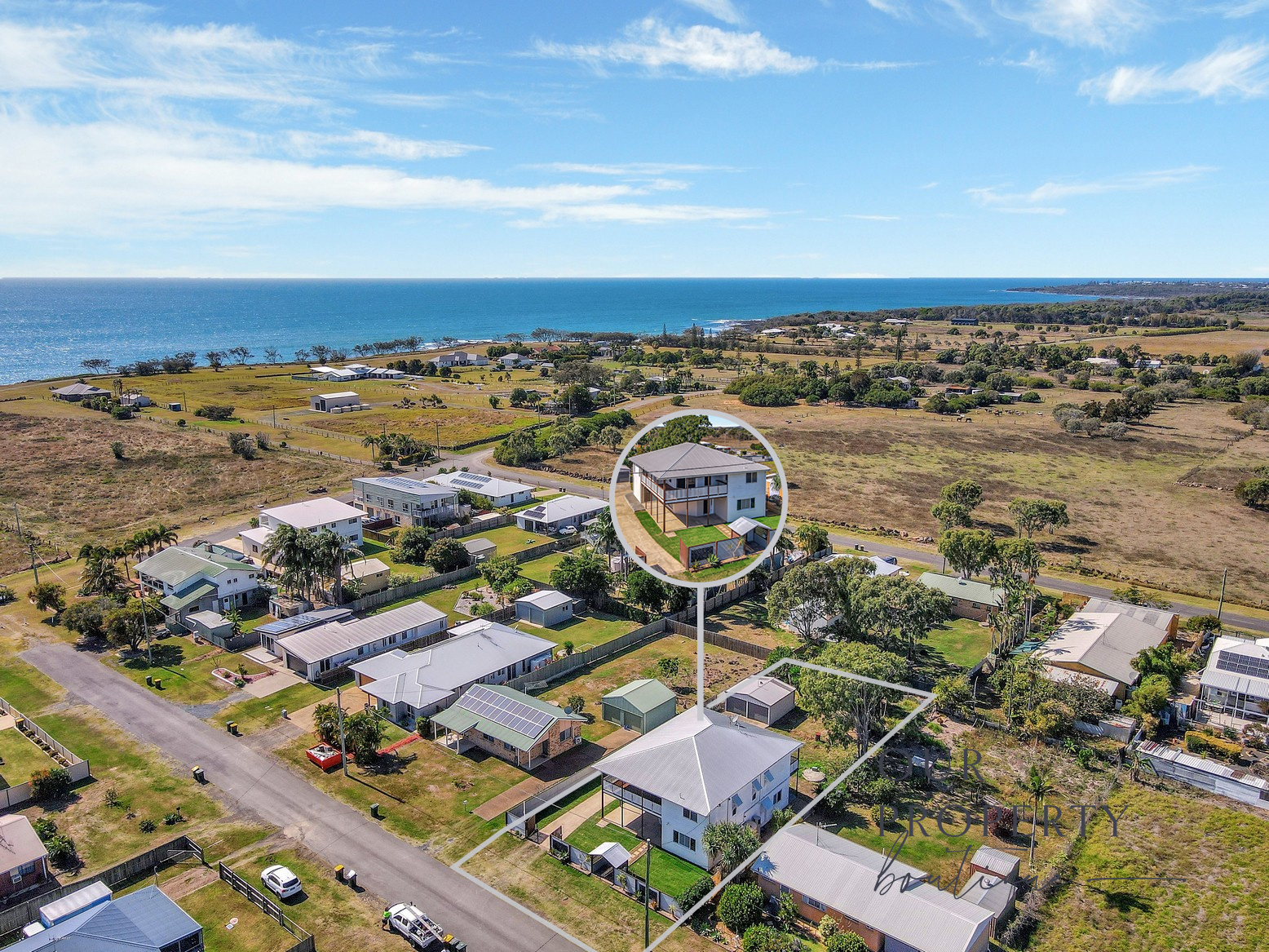 LARGE FAMILY HOME ON 1012M2 BLOCK – OFFERING OCEAN VIEWS AND SPACE FOR ALL THE TOYS!!