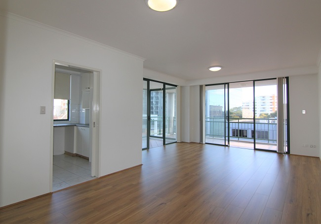 Freshly painted 3 bedroom apartment with new floorboard