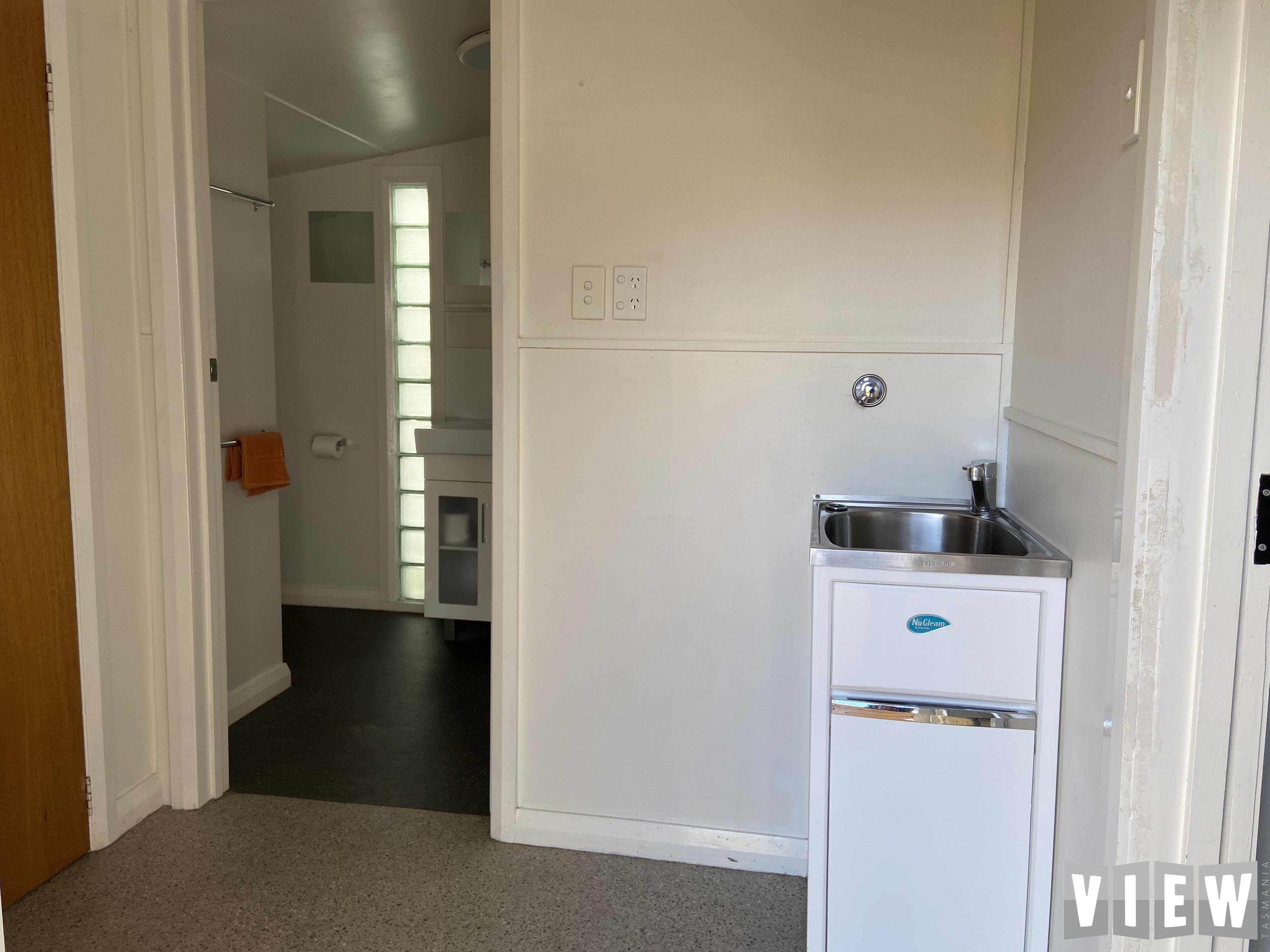 property image 2478850