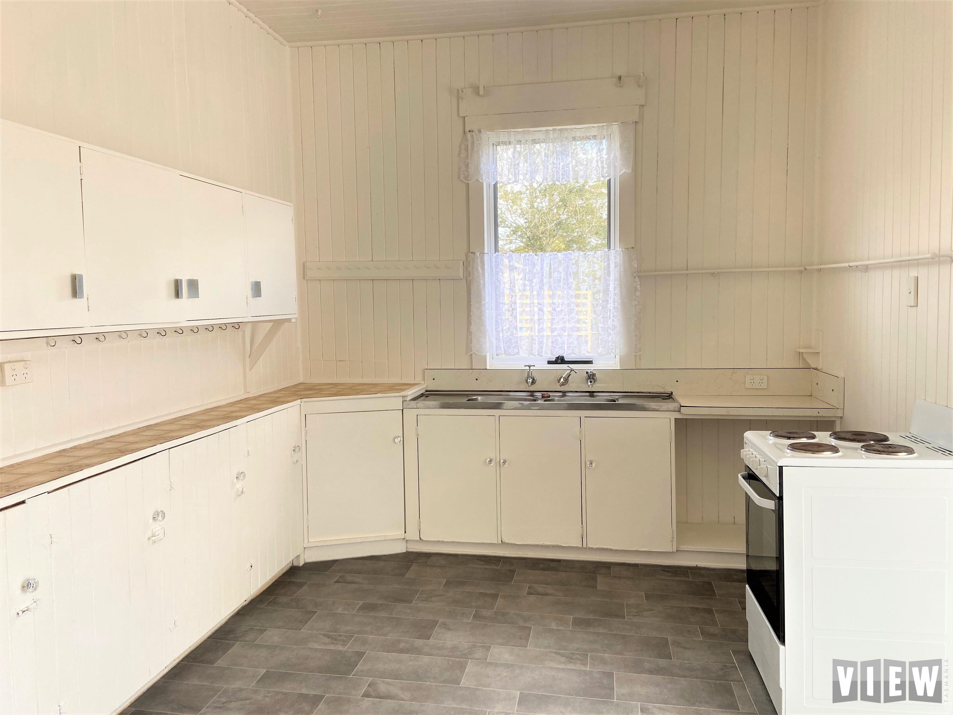 property image 2498085