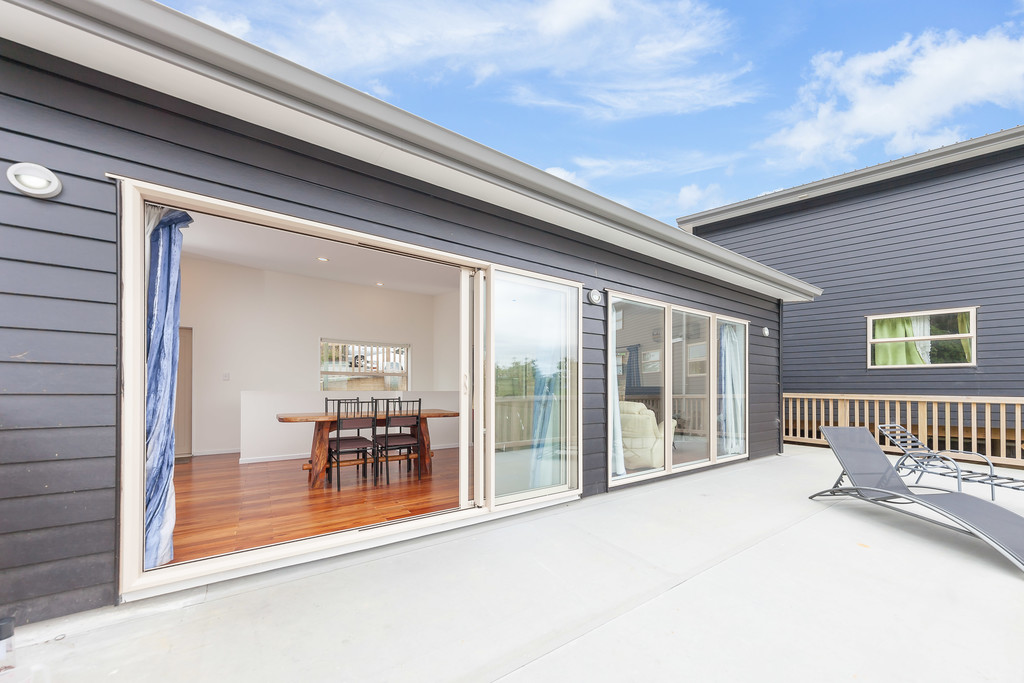 Built 2014 Double Glazed +4 bedrooms and more…