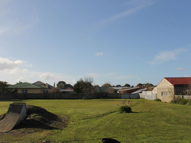 property image 2220847