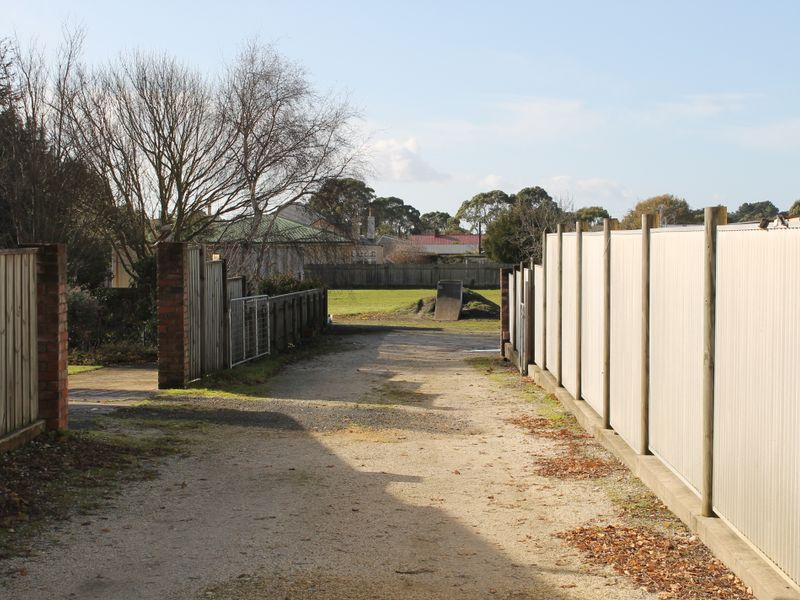 property image 2220843