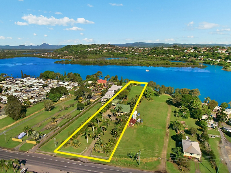 PRIZED RIVERFRONT PROPERTY PACKED WITH DEVELOPMENT POTENTIAL