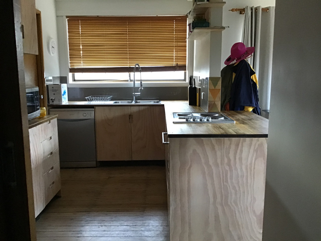 property image 1203428