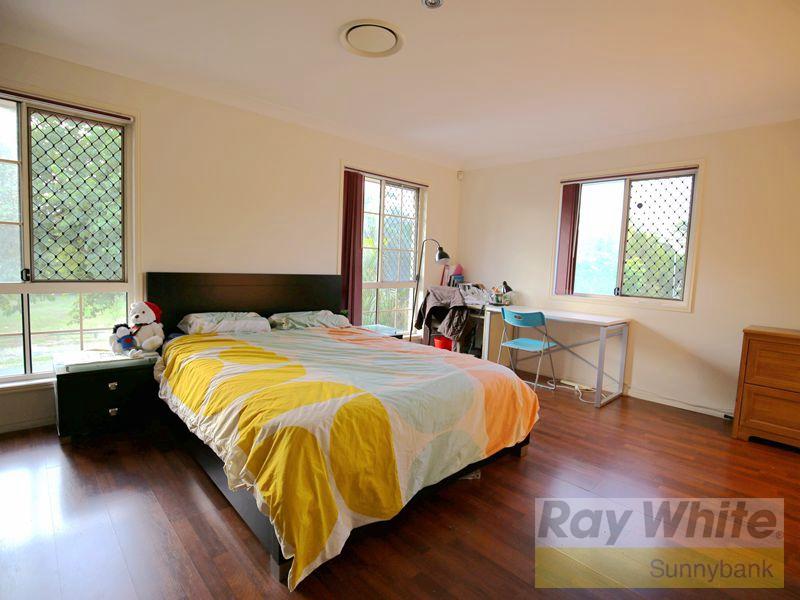 Charming Modern Living in Sunnybank