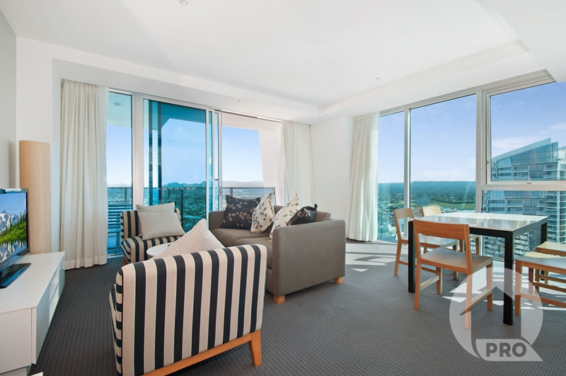 Beautiful Spacious Hilton Apartment!