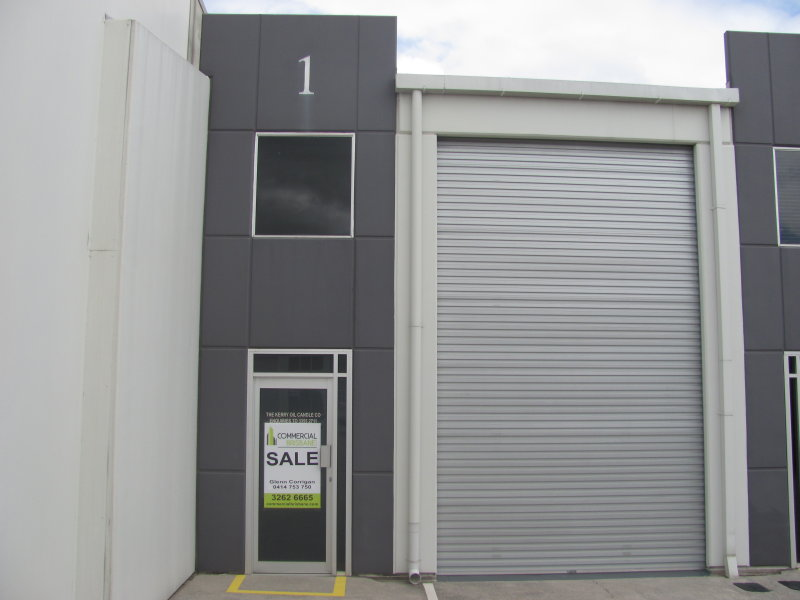 Immaculate Warehouse/Office in popular Geebung Workstores