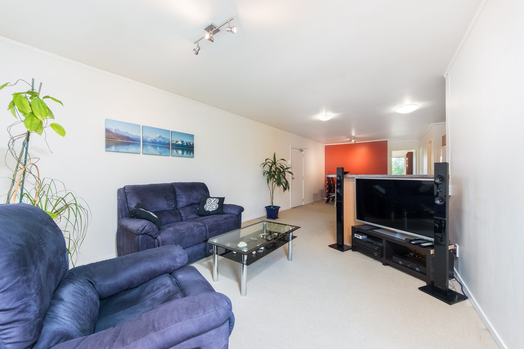 WARM & SPACIOUS, TIDY 3 BEDROOM – MOTIVATED VENDOR