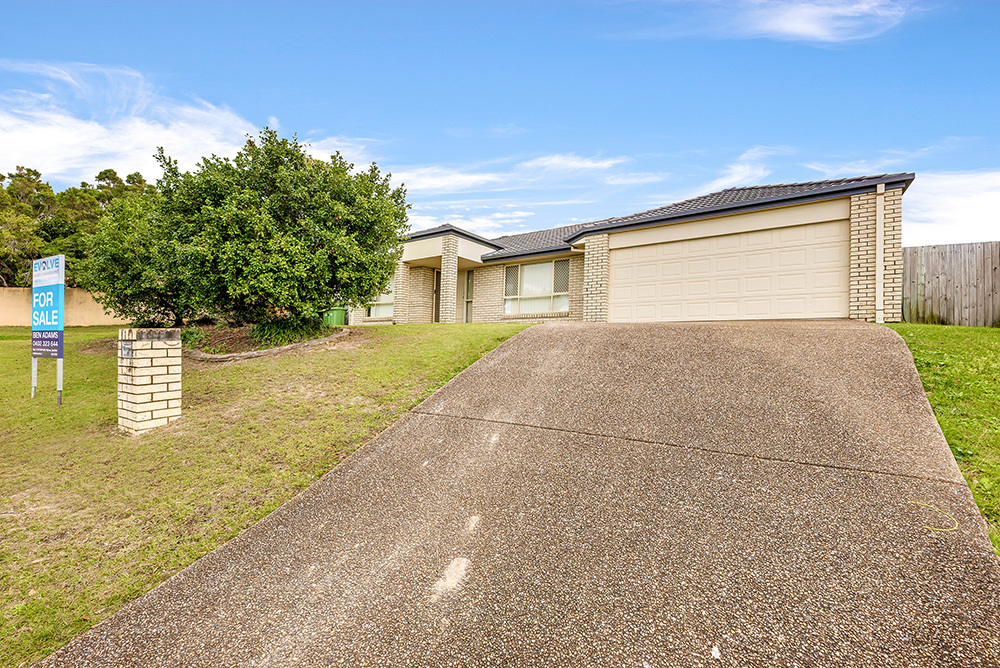 Lowset Family Home with Large Yard