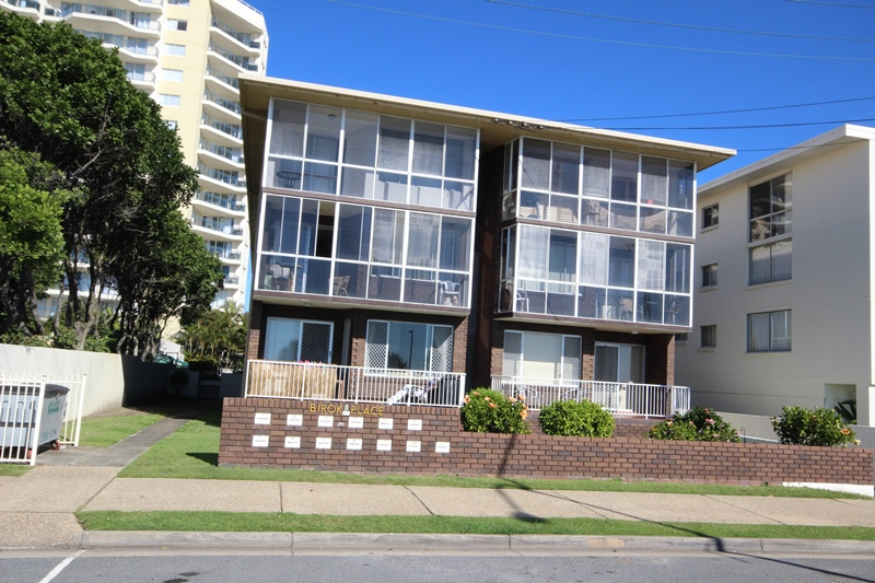 KIRRA BEACHFRONT APARTMENT