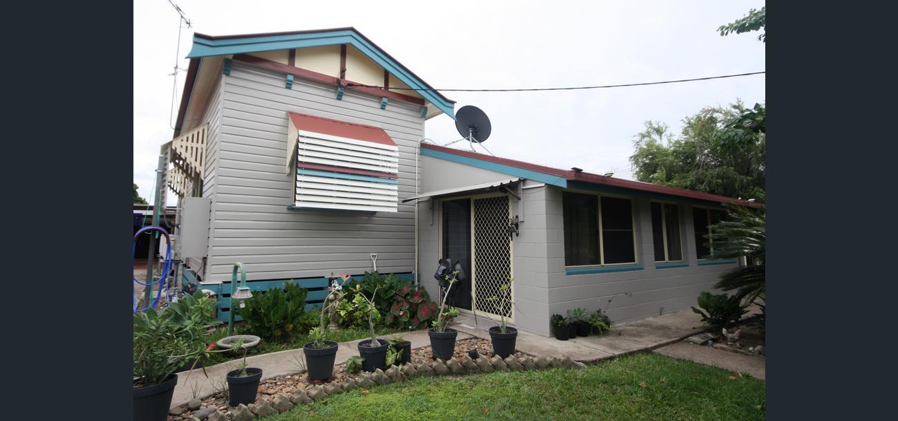Queenslander family home