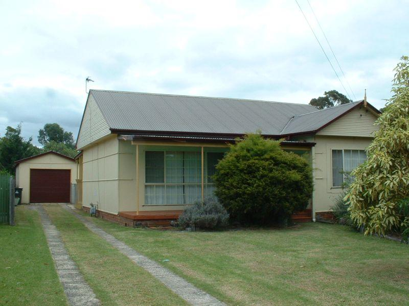 Lovely Location – REDUCED