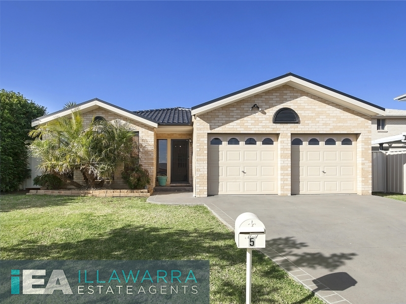 Great value buying in the heart of Shell Cove