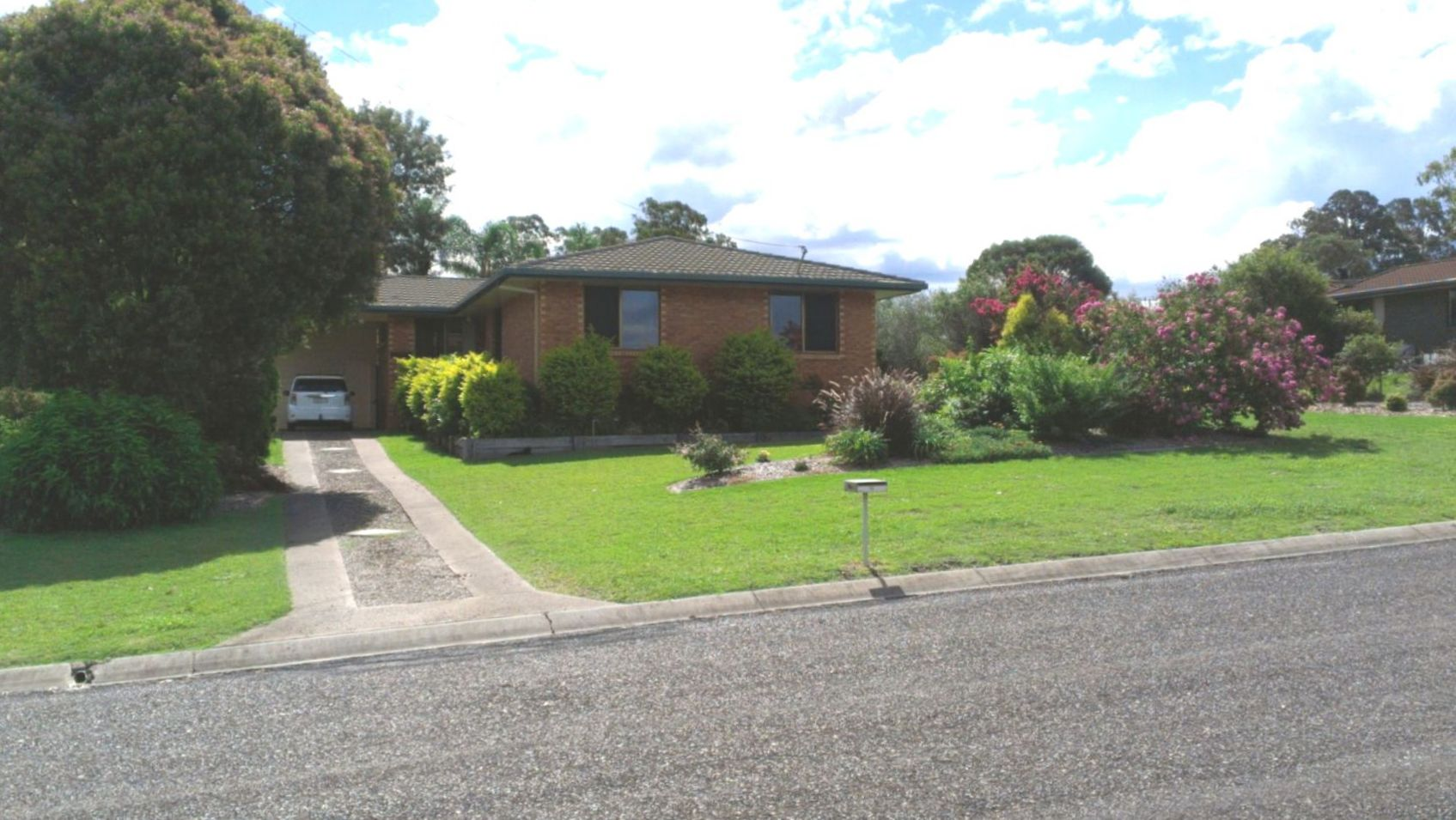 Family Home Needs a New Family – Realistically Priced