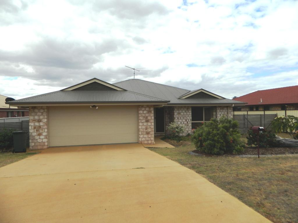 Great family home with an extra colorbond garage.