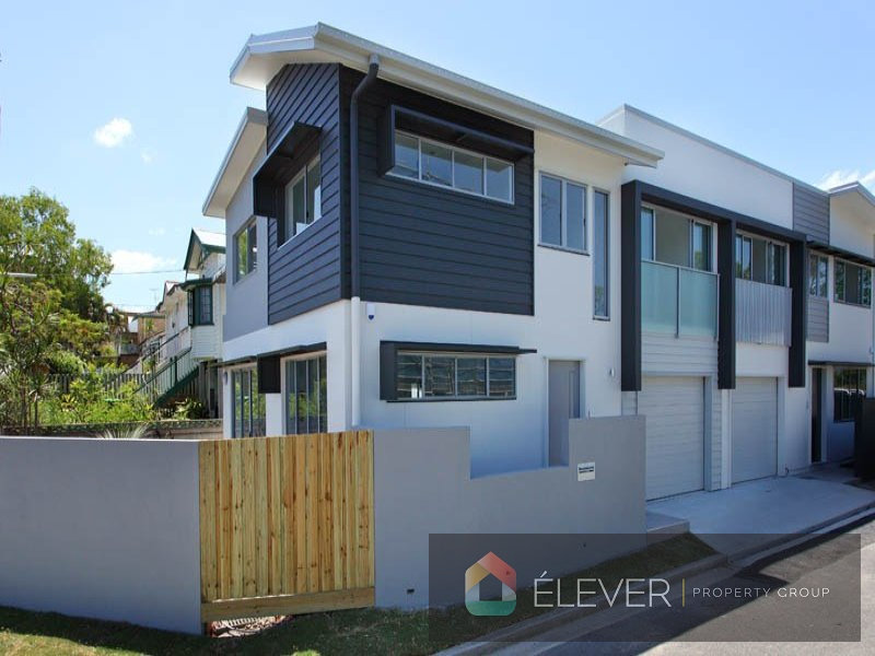 APPLICATION APPROVED. OPEN HOME SAT CANCELLED Bespoke & Functional Townhouse