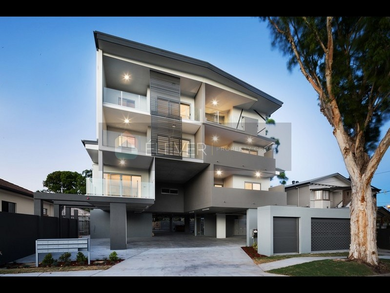 Casa di Julia – Bespoke Living At Its Best! BRAND NEW READY TO MOVE INTO NOW!