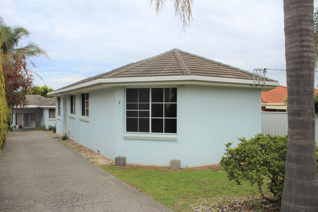 3 BEDROOM VILLA IN THE HEART OF SHELLHARBOUR VILLAGE