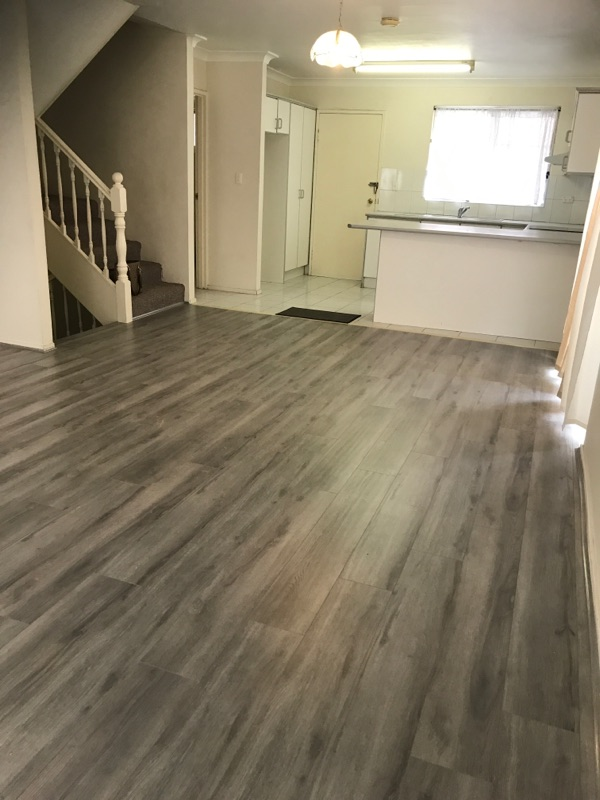 UNDER APPLICATION Handy Location – New Timber laminated flooring in lounge