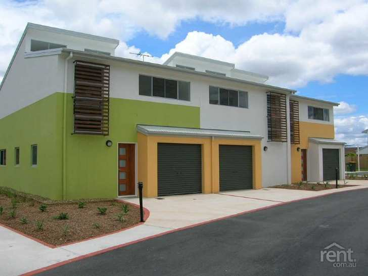 MODERN TOWNHOUSE IN CENTRAL CABOOLTURE