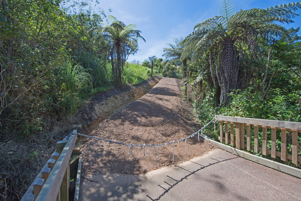 COMMUTERS DREAM SITE – $80,000 PRICE REDUCTION