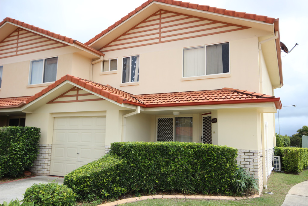 BEST VALUE TOWNHOUSE – WILL BE SOLD