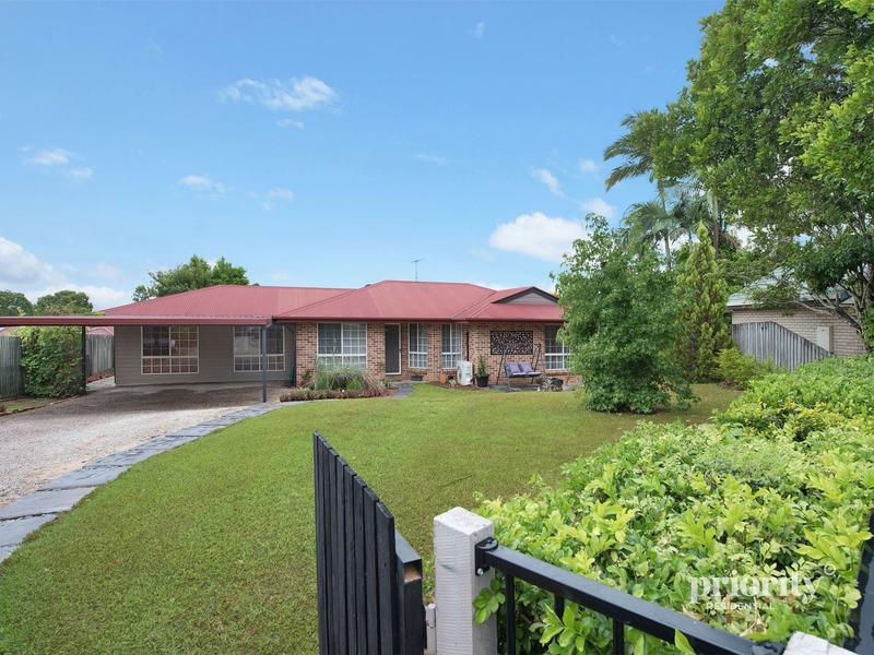 Lovely home on a huge block in a quiet cul-de-sac