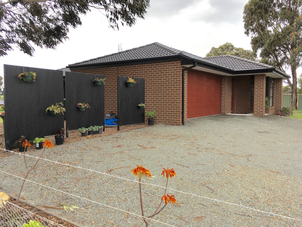 WHAT AN OPPORTUNITY – AS NEW HOME WITH QUALITY FITTINGS