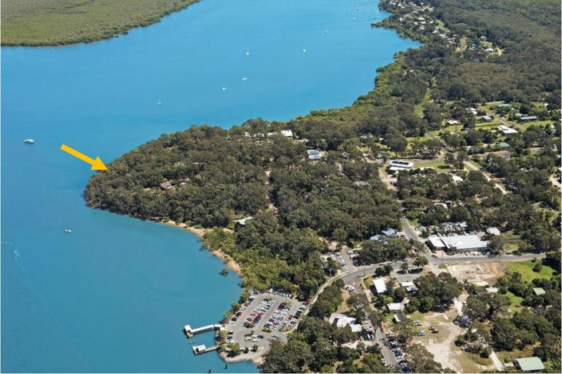 991m2 OF PRIME WATERFRONT  LAND