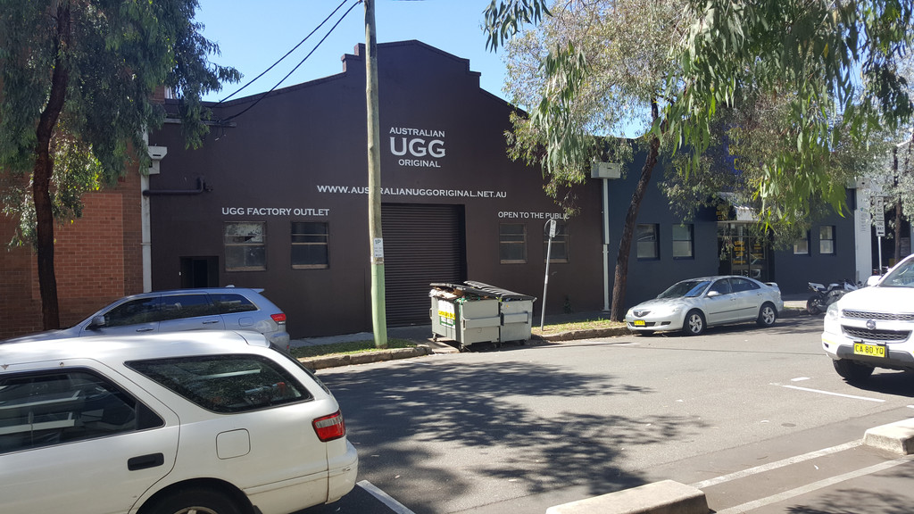 WAREHOUSE WITH SMALL OFFICE – AVAILABLE NOW