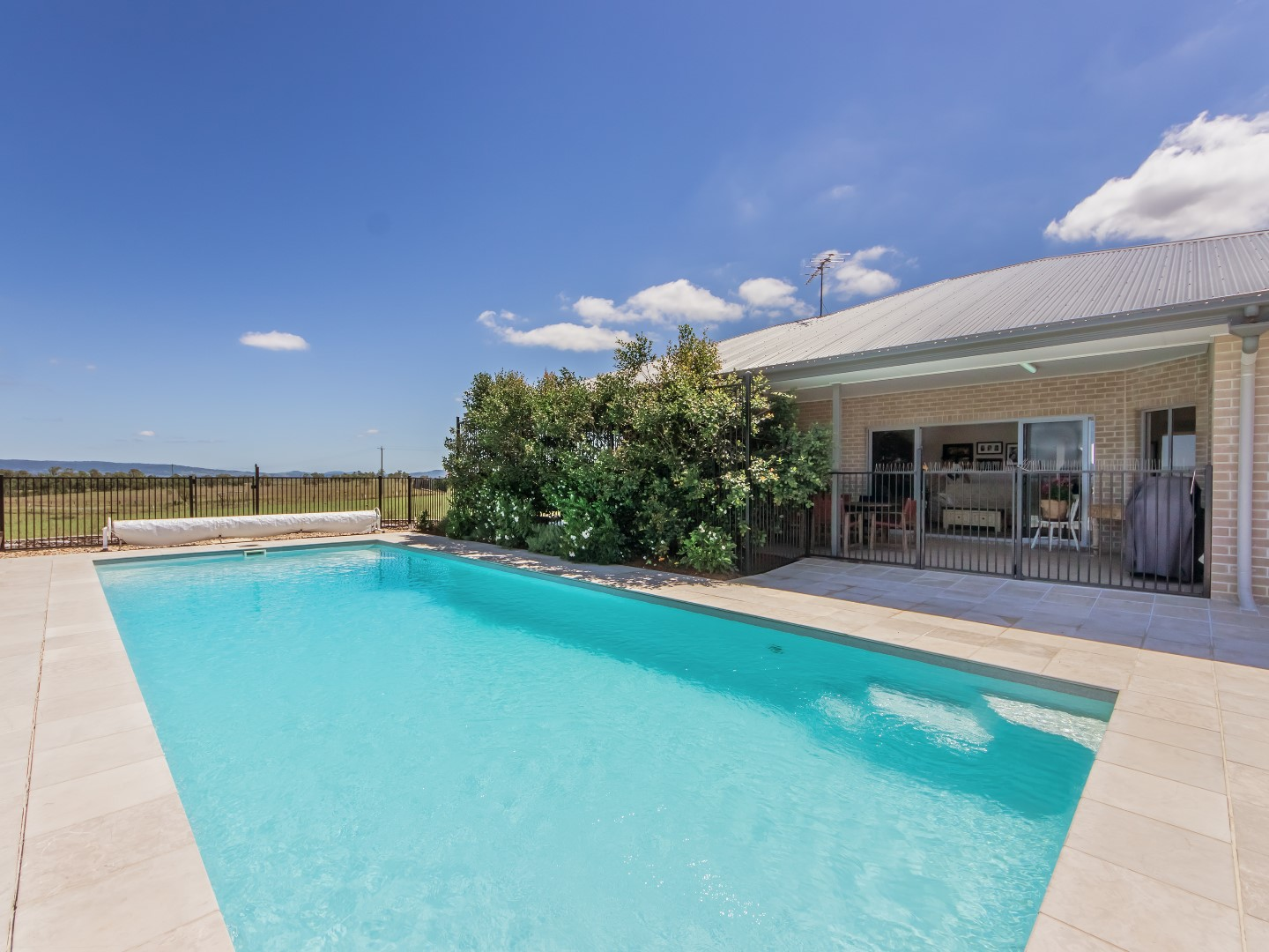 PRICE REDUCTION + MOTIVATED OWNERS = YOUR ESCAPE TO THE COUNTRY!