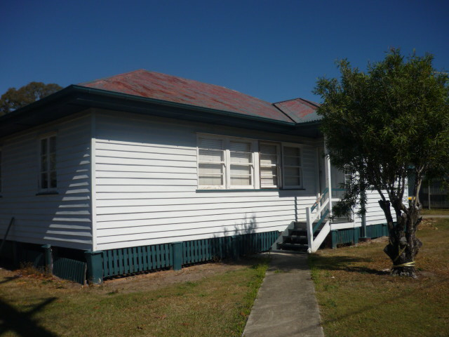 3Bed Timber Home Close to Taigum Shopping Centre