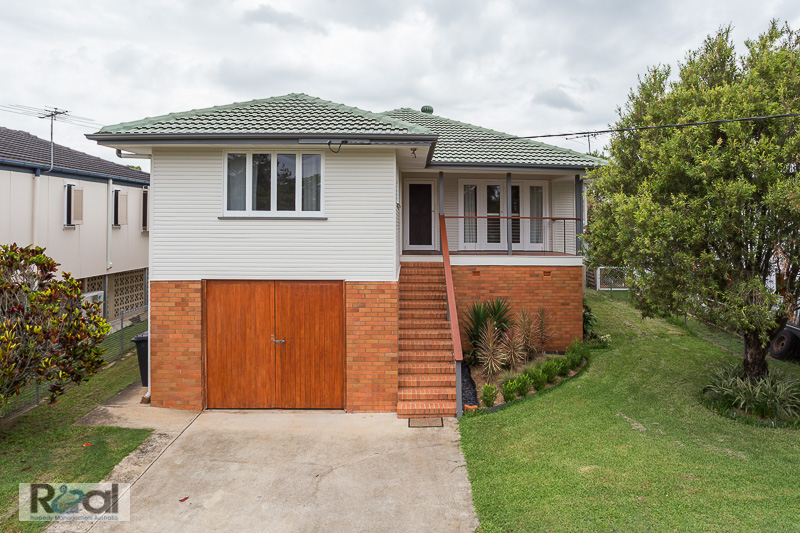 Renovated 3BED Highset Home
