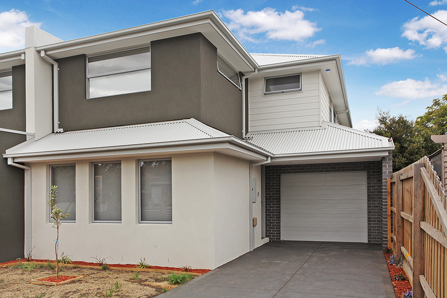 SPACIOUS 4 BEDROOMS & BRAND NEW