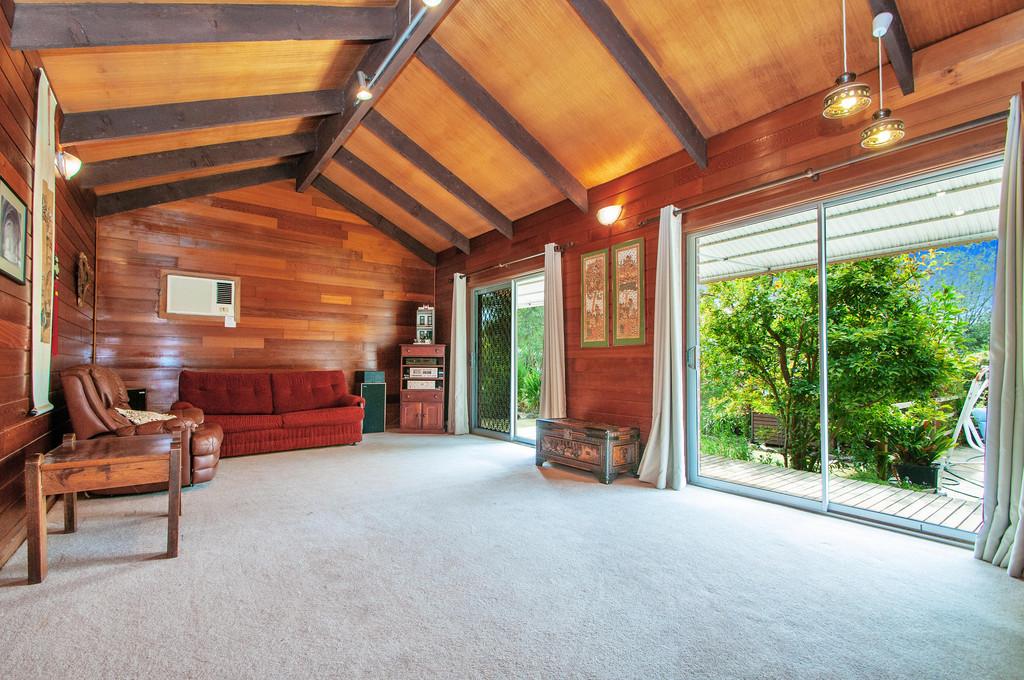 Huge Potential – Big Block or Family Home