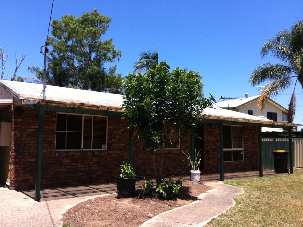 Lovely 3 Bedroom home with fully fenced yard.