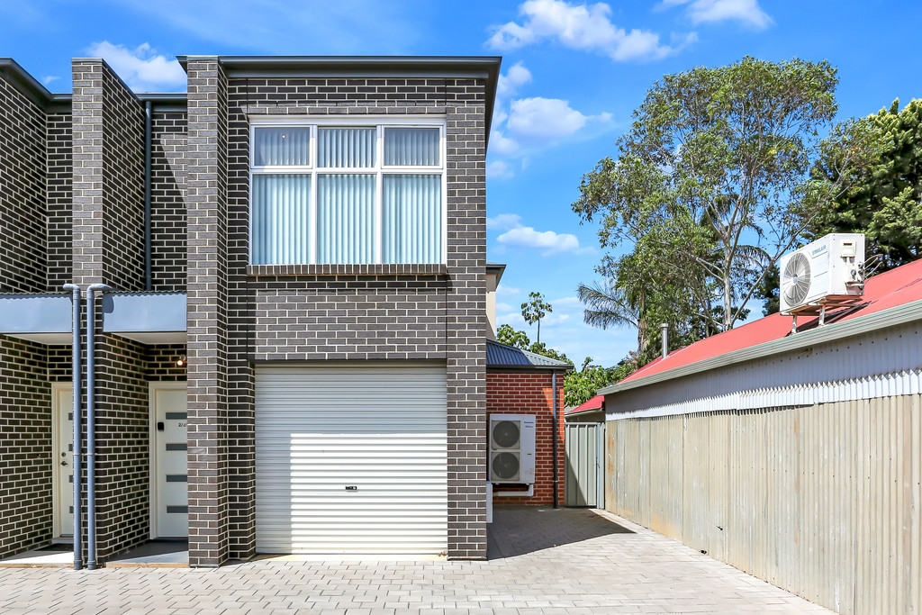 Don't miss out to have a look,  $570/w rent income before, 6%+ rental return yearly