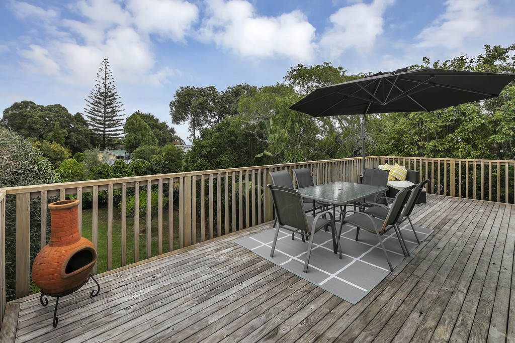 BUNGALOW LOVERS. RENOVATED BEACH HAVEN PT CLASSIC